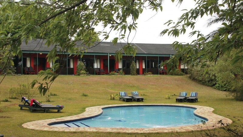 Swaziland, Foresters Arms, Garten, Pool © Diamir
