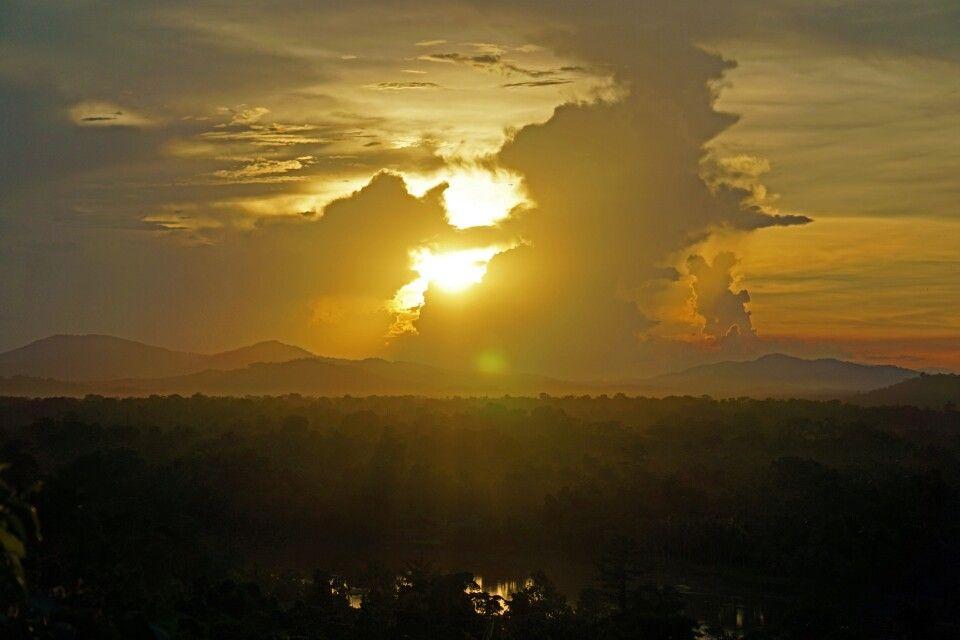 Sonnenuntergang in der Sepik-Ebene