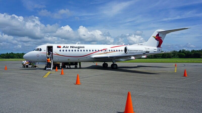 Air Niugini Fokker 70 © Diamir