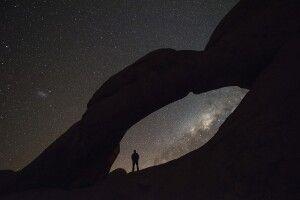Sternenzeitrafferaufnahmen am Felsentor