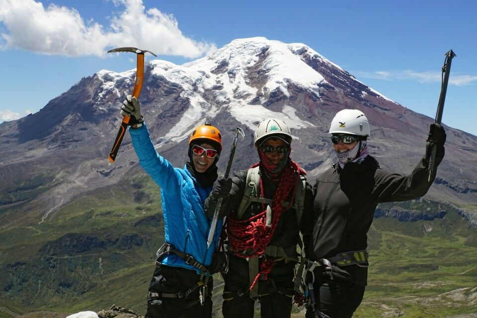 Auf dem Gipfel des Carihuayrazo (5009 m)