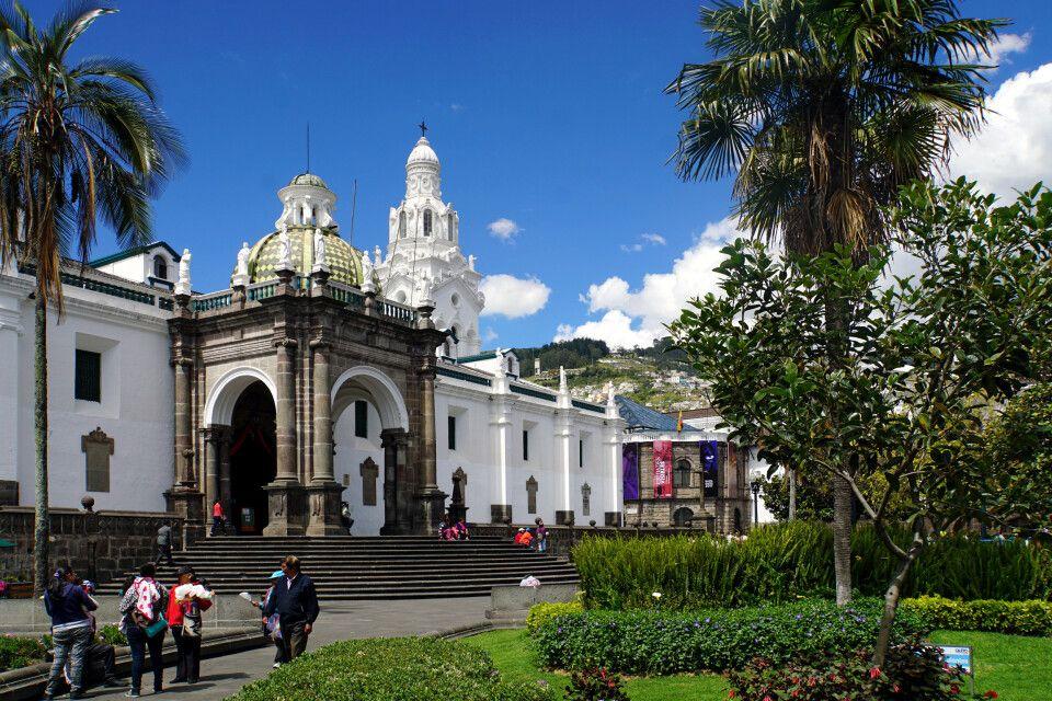 Die Kathedrale in Quito auf den Plaza Grande