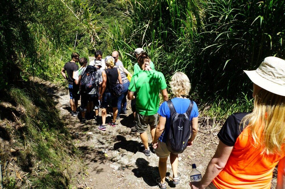 Am Ruhetag in Baños bieten sich kleine Wanderungen im Tal des Rio Pastaza an