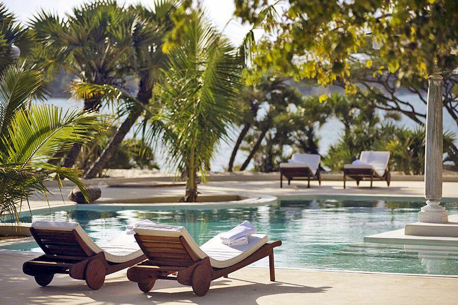 Pool im The Majlis Resort auf Lamu Island