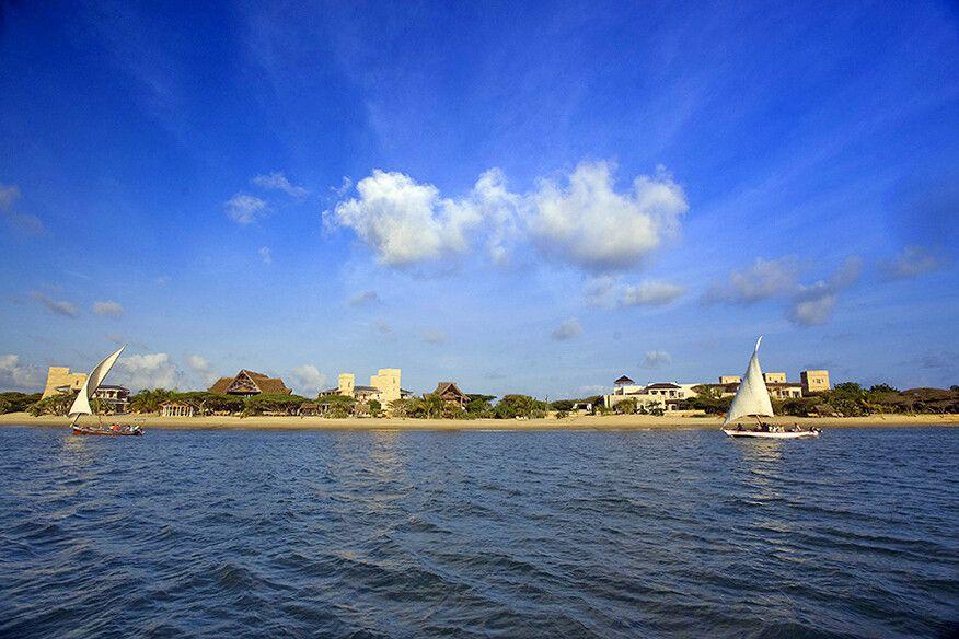 Blick aufs The Majlis Resort auf Lamu Island