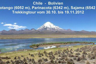 Die spektakuläre Landschaft im Dreiländereck Bolivien - Perú - Chile wird von zahlreichen schneebedeckten Vulkanen überragt.