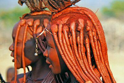 Haarpracht der Muhimba Frauen