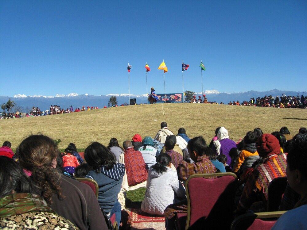 Festival am Dochu-La-Pass