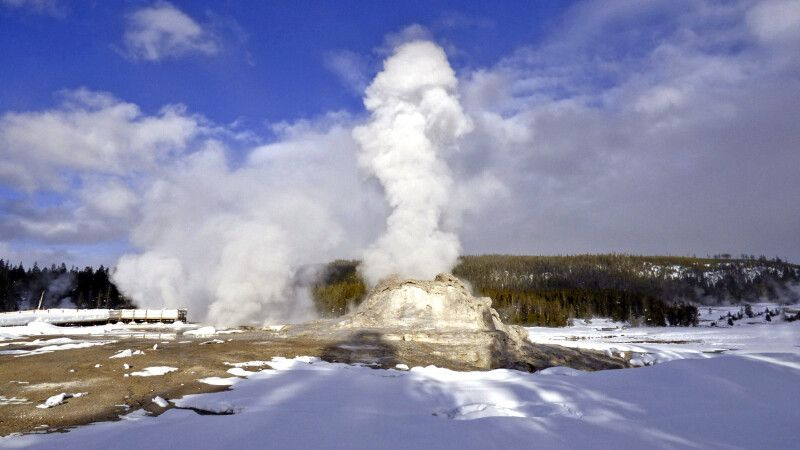 Castle Geysir, Yellowstone NP © Diamir