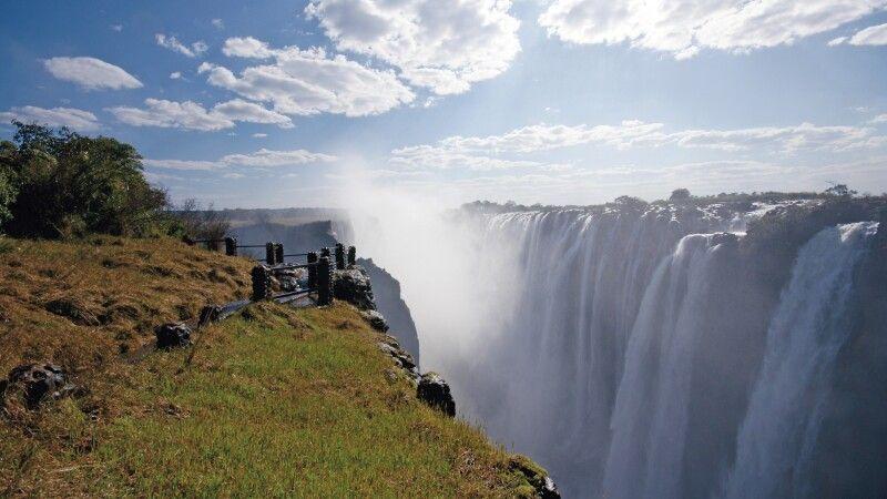 Zambia, Livingstone, Victoriafälle © Diamir