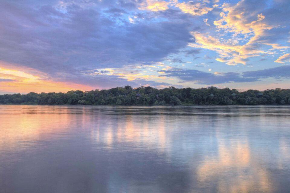 Ein Sonnenuntergang über dem Sambesi