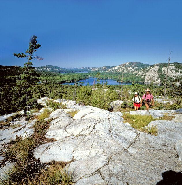 Wanderer im Killarney Provincial Park, Ontario