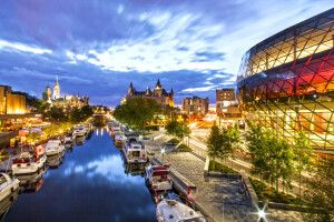 Rideau Canal bei Nacht, Ottawa, Ontario