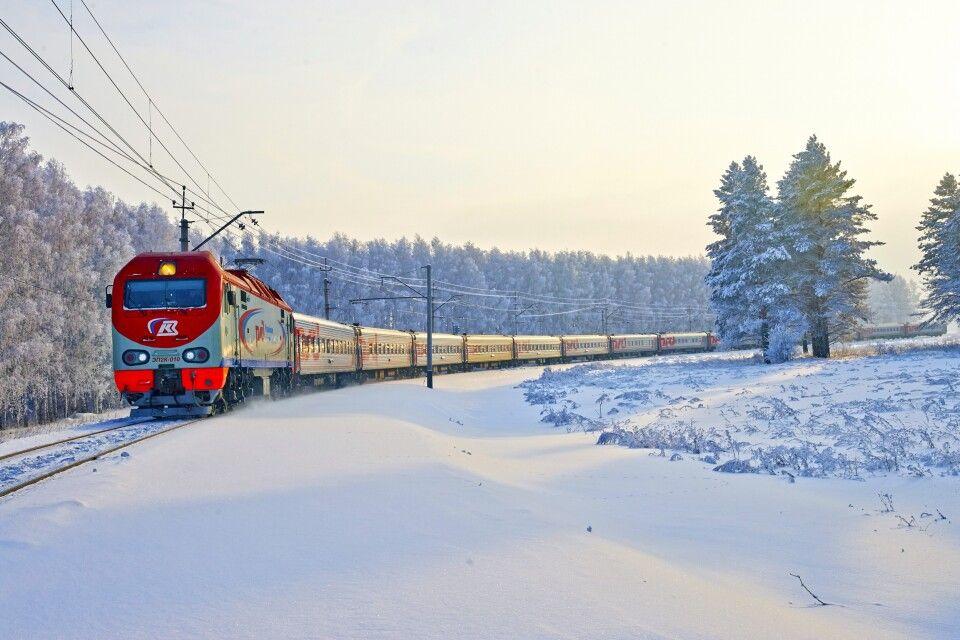 Winterzug von Murmansk nach St. Petersburg