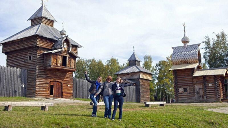 Museumsdorf Talzy nahe dem Baikalsee © Diamir