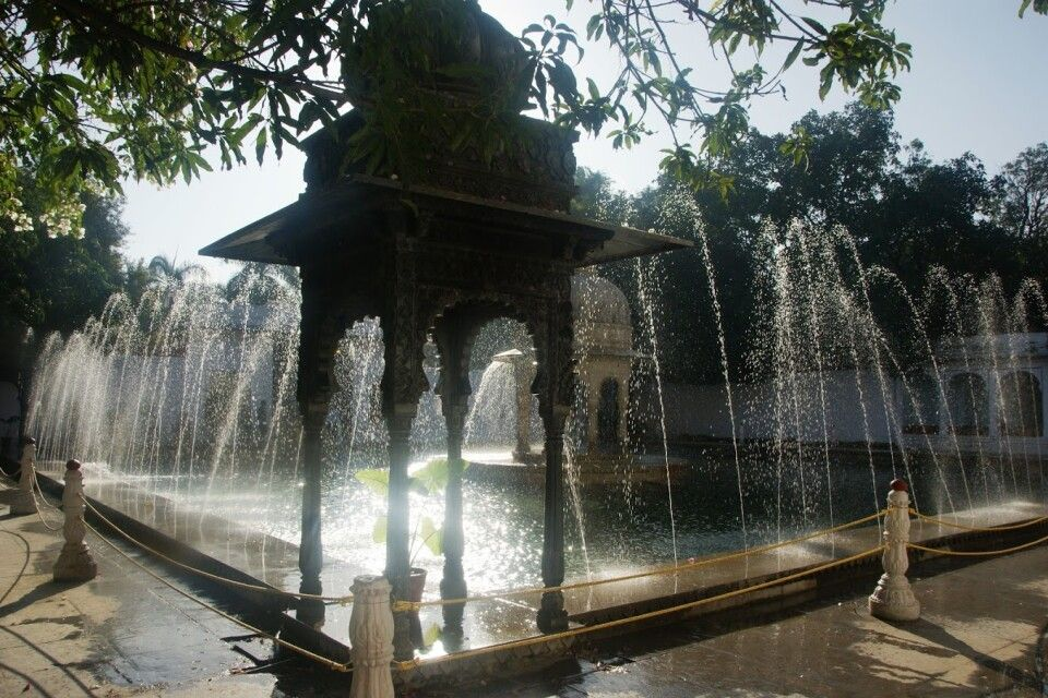 Saheliyon Ki Bari Lustgarten