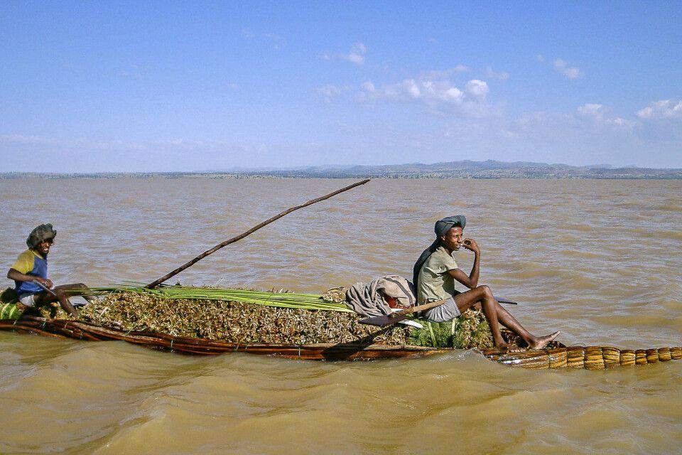 Pirogge auf dem Tana-See
