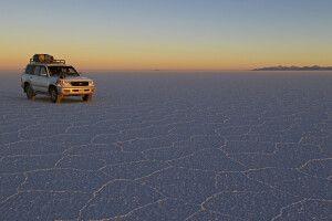 Sonnenuntergangsstimmung am Salar de Uyuni