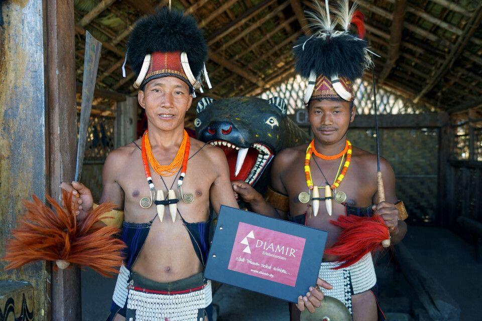 DIAMIR beim Hornbill Festival in Kohima - hier die Stammesväter der Konyak Ethnie