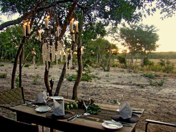 Bush Dinner in der Sable Sands Lodge
