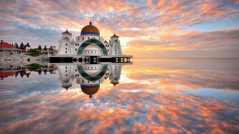 Malaysia – Borneo – Meer – Moschee © Diamir