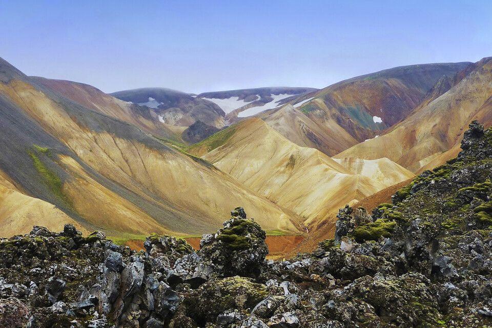 Landmannalaugar mit farbigen Rhyolithbergen