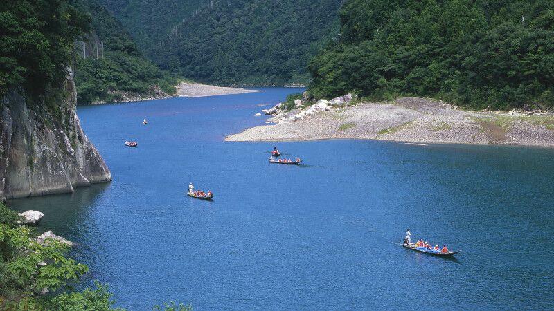 Bootsfahrt auf dem Kumano-Fluss © Diamir