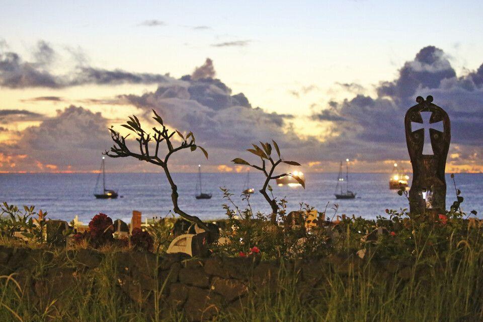 Sonnenuntergangsstimmung auf der Osterinsel