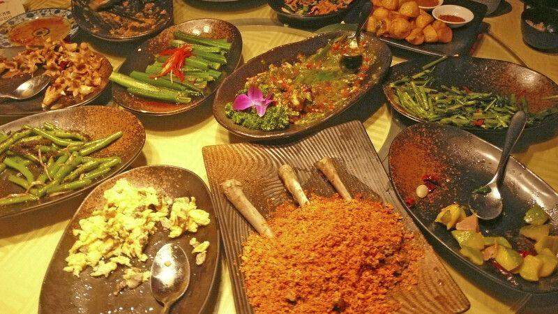 Traditionelles Essen © Diamir