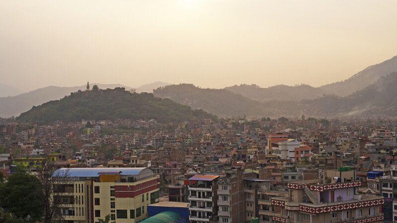 Sonnenuntergang in Kathmandu © Diamir