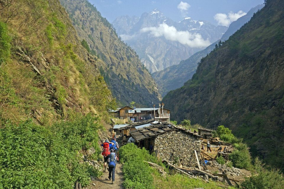 Blick von Deng in Richtung Namrung Tal