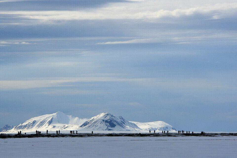 Wanderung im noch verschneiten Spitzbergen