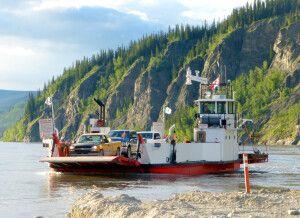 Fähre über den Yukon River bei Dawson