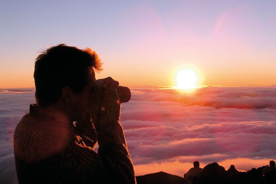 Sonnenaufgang am PIton de la Neige