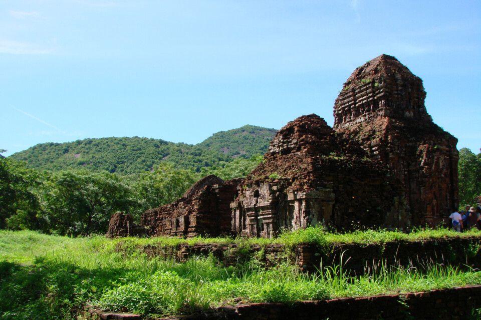 Zu Besuch bei den schönen Ruinen von My Son nahe Hoi An
