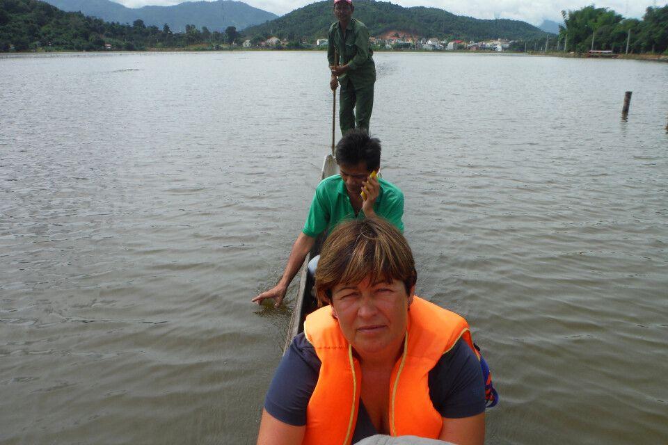 Auf dem großen Lak-See im Hochland