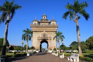 Der Patuxai in Vientiane - Triumphbogen und Denkmal