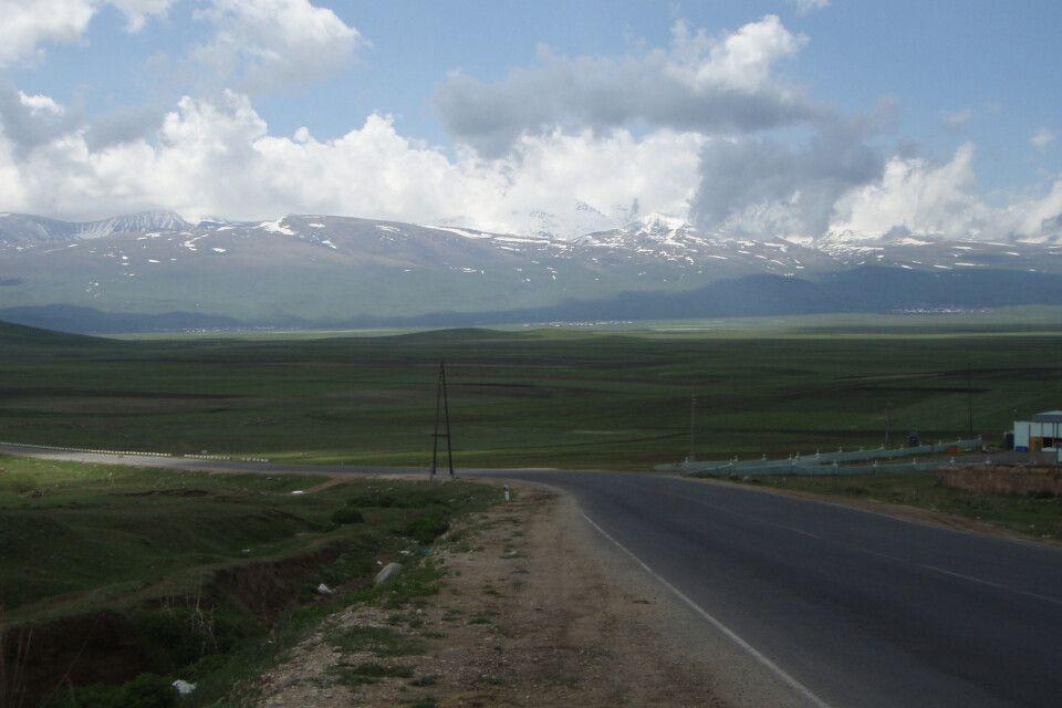 Straße zum Aragats