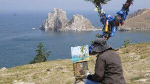 Der heilige Schamanenfelsen der Baikal-Insel Olchon