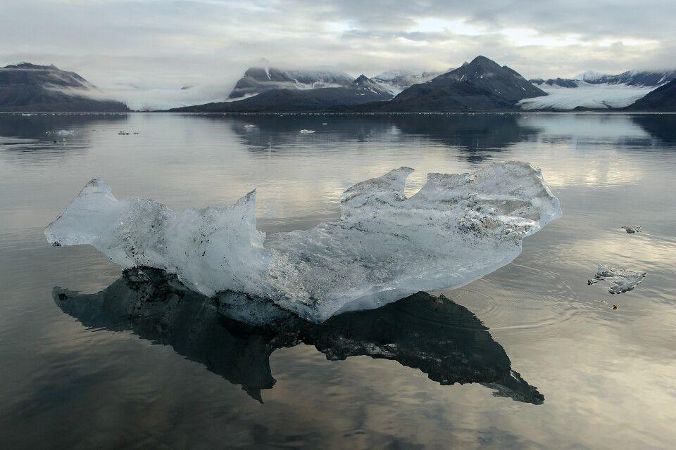 Motive am laufenden Band – hier ein Stück Gletschereis