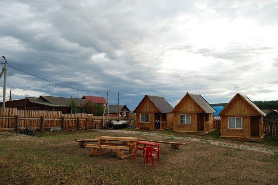 Blockhütten auf der Insel Olchon