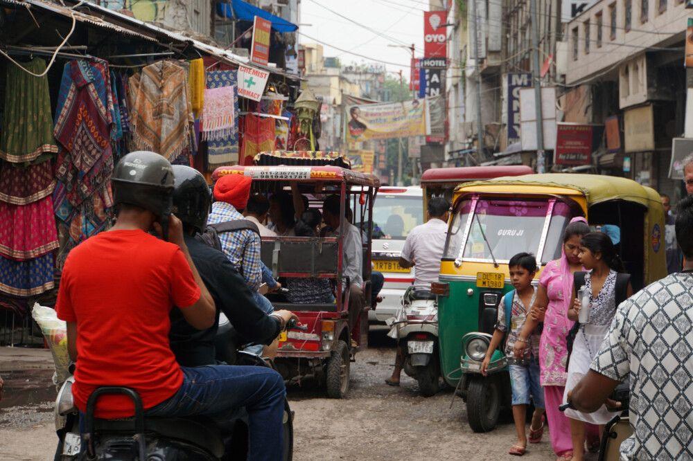 Delhi – Sich mit einer Rikscha durch das liebenswerte chaotische Delhi fahren lassen