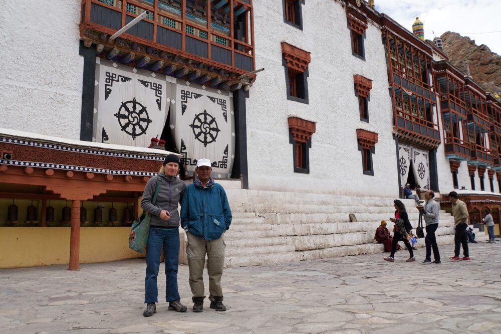 DIAMIR-Expeditionsleiterin Marianne Nimsch und örtlicher Guide Jay-Singh