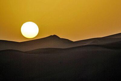 Abendstimmung in der Wüste Dasht-e Lut