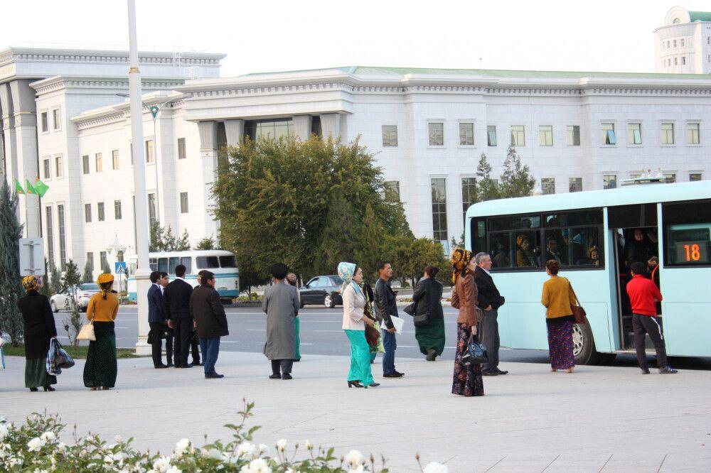 Straßenszene in Ashgabat