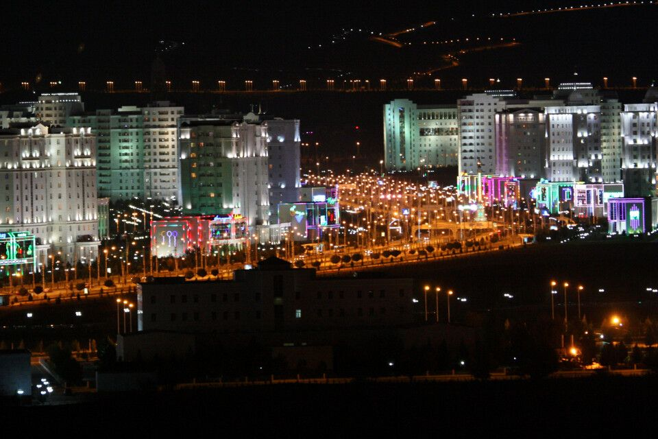 Ashgabat bei Nacht