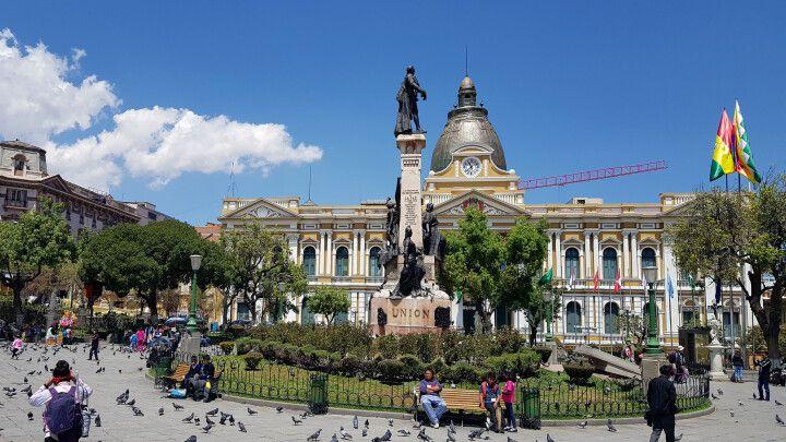 Auf dem Hauptplatz von La Paz