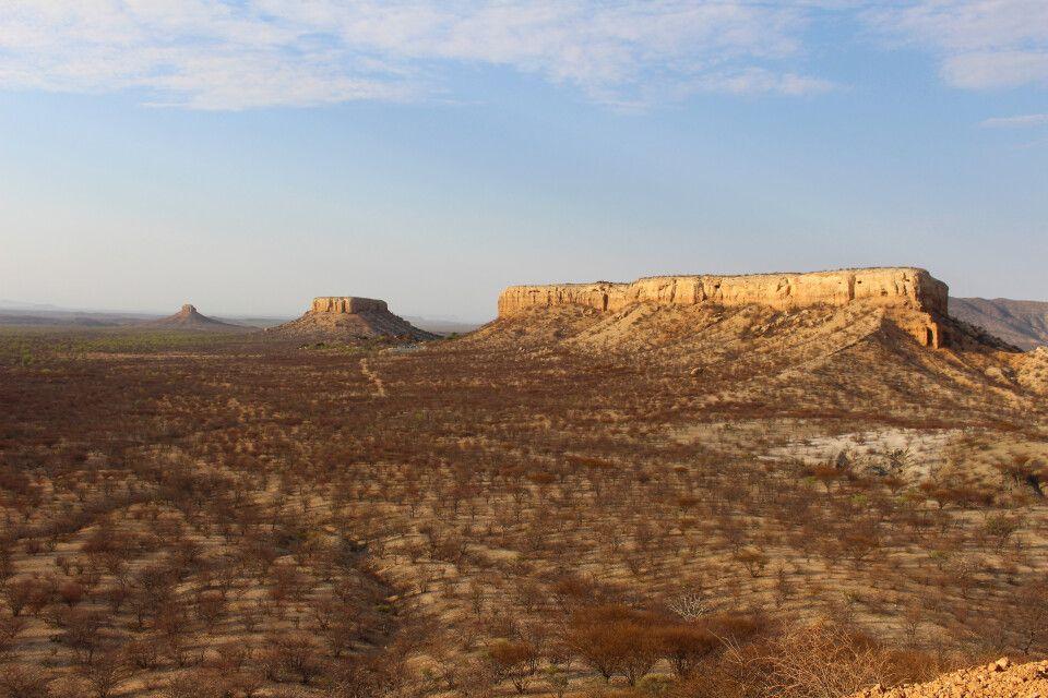 Wie auf dem Mond - Landschaft im Ugab-Tal