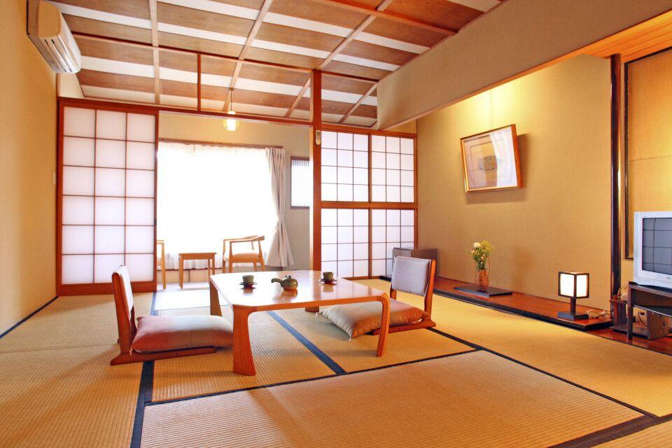 Ryokan – Zimmer im japanischen Stil