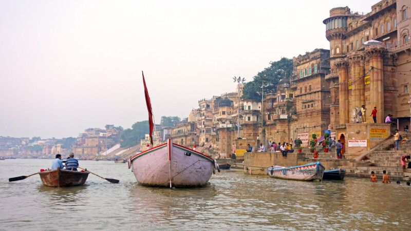 Varanasi am Ganges © Diamir